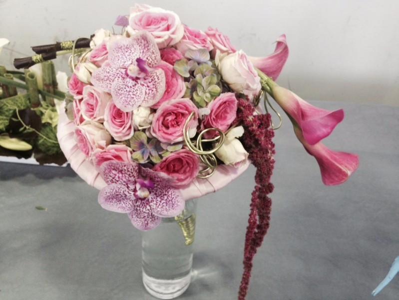 commander bouquet de fleurs rose nice vente livraison bouquets de fleurs grasse. Black Bedroom Furniture Sets. Home Design Ideas